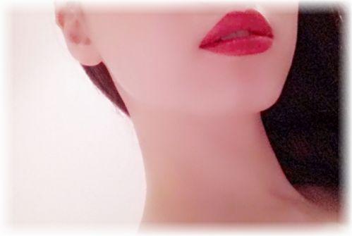 日本薬局方の白色ワセリンを顔に塗ったらすごい効果!こんなに安くて高い安全性!
